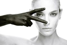 The Khooll - The BlackeningPristine white and deep black meet in this SLAIIB...