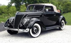 1937 Ford V-8 Convertible Cabriolet