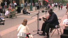 ベイオブドックに座っ'。彼と同じくらい強力な声で、なぜ彼は路上で歌っていた:マークは、かつてロジャーの質問を?彼R ...