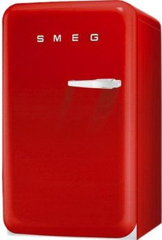 Smeg Retro Style Series Compact Refrigerator with cu. Capacity Absorption Cooling Automatic Defrost LED Interior Lighting and Adjustable Shelves in Red Robots For Sale, Cooking Games For Kids, Mini Cooler, Retro Fridge, Compact Refrigerator, Range Cooker, Dorm Life, Spray Painting, How To Cook Pasta