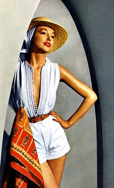 June 1950 | More fashion lusciousness here: http://mylusciouslife.com/photo-galleries/historical-style-fashion-film-architecture/