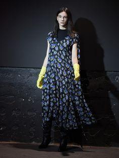 Cap-sleeve floral-print dress | Vetements | MATCHESFASHION.COM UK