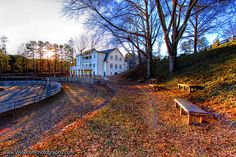 ChastainHorsePark_Weddings_ATL_06 by Saratoga Event Group, via Flickr