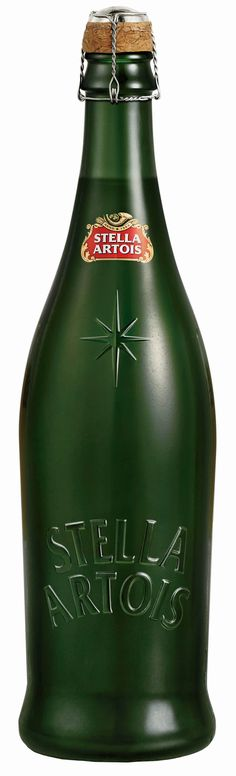 Stella Artois Christmas Star. OOOO must get our hands on these bottles!