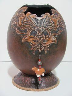 "Leslie Gates: ""Carvings"""