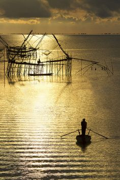 Fishing traps and lift nets . Thailand