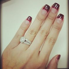 holiday manicure~ ♡
