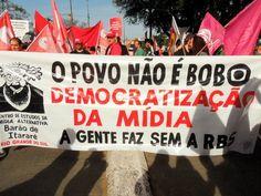 Por Dentro... em Rosa: Paulo Henrique Amorim : chega  de Economia e de Sã...