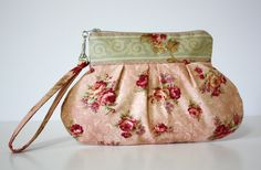 I need a new purse, wish I could find one as cute as this!