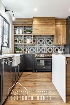 Home Decor Kitchen, Interior Design Kitchen, New Kitchen, Home Kitchens, Kitchen Ideas, Modern Interior, Mercer Kitchen, Kitchen Decorations, Boho Kitchen