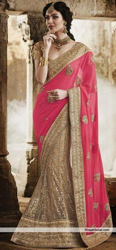 Saree, Saris, Indian Sarees and Designer Sarees Online Shopping at Vivaah South Indian Blouse Designs, Bridal Blouse Designs, Saree Blouse Designs, Indian Attire, Indian Ethnic Wear, Indian India, Fashion Everyday, Indian Dresses, Indian Outfits