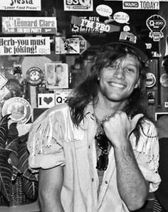 omg I love him! Jon Bon Jovi