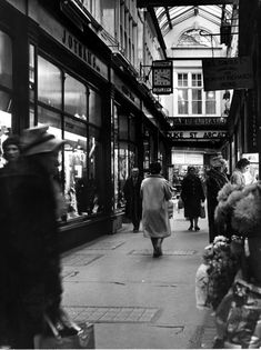 Cardiff arcades: 33 wonderfully nostalgic pictures that show the changing faces of Cardiff's historic arcades - Wales Online