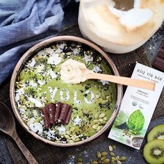 Eat your best! YOLO #Repost @raizthebar  YOLO!   So if you only live once in this amazing body you've been given why not make it the BEST?  Asian inspired brekky bowl - we live in Asia so why not!! Here's our post workout go-to  Base: Matcha bowl using @matcha_maiden fresh coconut meat kale spinach 2 tsps of @bigtreefarmsbali coconut nectar (so good and so low GI!) and all dem' toppings: A MUST in all green brekky bowls... Raiz The Bar Energise Me cool crispy mint kiwi dragon fruit coconut…