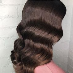 Super shiny and healthy hair is within reach! The Must-Have Vibrastrait Vibrating Flat Iron Resultin Loose Hairstyles, Pretty Hairstyles, Braided Hairstyles, Holiday Hairstyles, Wedding Hairstyles, Curls Overnight, Hair Inspo, Hair Inspiration, Curly Hair Styles