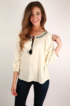 Be a bohemian babe in this gorgeous top!