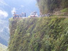 #16 Mountain Bike Down Death Road In Bolivia. www.thebucketlistguy.com