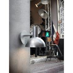 ARKI gegalvaniseerde wandlamp http://foir.nl/industrie-hanglampen/arki-gegalvaniseerd-staal-buiten-wandlamp.html