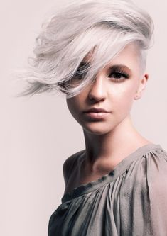 stunning silver   - when I go 100% gray I want this cut...    - Actually this makes me want to go 100% gray now!