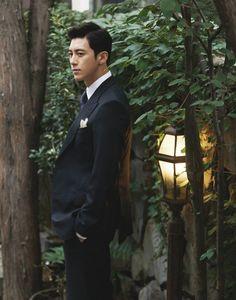 Go Soo | Ko Soo | 고수 | D.O.B 4/10/1978 (Libra) Go Soo, Man In Love, Korean Actors, Mens Suits, Libra, Movies, Nice, Women, Dress Suits For Men