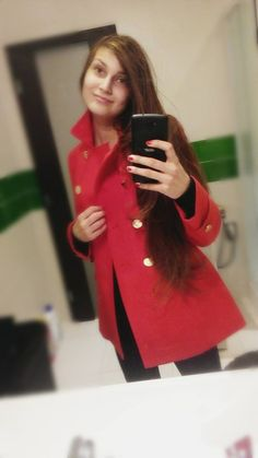 LONG RED COAT 45€