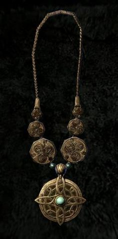 To get married in Skyrim you need an Amulet of Mara, pictured here, and you have to speak with Maramal in Riften before you can propose to someone. Then you literally just pick your woman and head back to the Temple of Mara for your wedding.