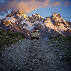 Land Rover Series highway to great life mountain.