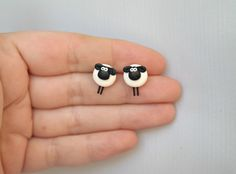 Cute little sheeps Farmer Collection earrings Mix and Match Earring Set Polymer Clay Animals, Cute Polymer Clay, Cute Clay, Fimo Clay, Polymer Clay Projects, Polymer Clay Charms, Polymer Clay Earrings, Clay Crafts, Fashion Vintage