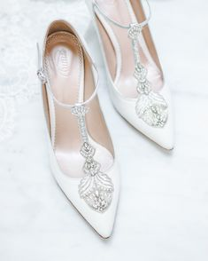 5a0abc2553ec  Eleonora  inspired by intricate Chantilly lace xnn emmylondon  bridalshoes   bridetobe