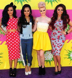 Little Mix estan bastante bien todas , pero voy a hablar de cada una      Jade: esta muy linda  un vestido elegante para la ocasion Me encanta como le queda lo luce muy bienElla es muy linda.  Leigh:Es lindo el entero pero no me parece para la ocasion No me gusto esta vez.  Jesy:Un vestido que lo luce muy bien  le queda divino y los zapatos tambien y toda ella esta hermosa  Perrie: es hermosa le queda hermoso lo que se puso los zapatos el pelo todo Amo a ella me parece hermosa y el vestido…