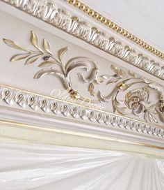 New Bedroom Classic Design Crown Moldings Ideas Classic Interior, Home Interior Design, Bedroom Classic, Home Ceiling, Ceiling Decor, Luxury Home Decor, Luxury Homes, Door Design, Wall Design