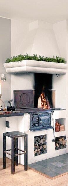 Scandinavian kitchen stove I want one How cool would this be if the power went out or in a cabin off the grid Scandinavian Kitchen, Scandinavian Design, Wood Burning Oven, Kitchen Stove, Cozy Kitchen, Kitchen Wood, Stove Fireplace, My Dream Home, Home Kitchens