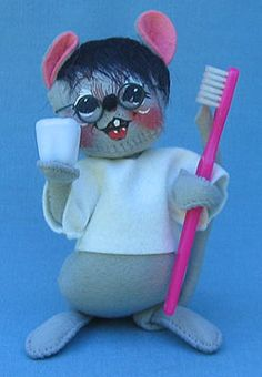 """Annalee 7"""" Dentist Mouse - Mint"""