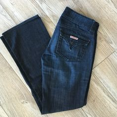 HUDSON flare jeans Dark wash flare Hudson jeans. Run small. 27 Short. Some rubbing on the inside seam but no holes. Some discoloration on front buttons. Let me know if you have any other questions! Hudson Jeans Jeans Flare & Wide Leg