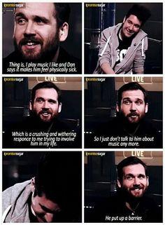 Bastille ... Will doesn't  speak about music with Dan .... weirdos #Bastille