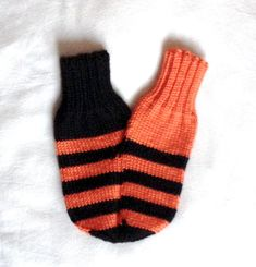 Smitten, Mittens for couples, knitted gloves, Valentine's gift