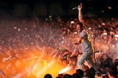 Travis Scott performance concert show live crowd riot coachella Travis Scott Live, Travis Scott Concert, Hip Hop Festival, Festival Games, Travis Scott Astroworld, Best Hip Hop, Coachella Valley, Music Promotion, Live Events