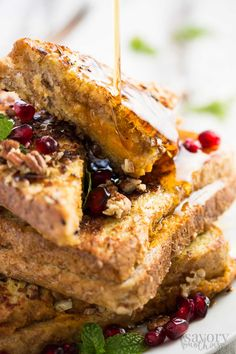 Skinny Crunchy Stuffed Pumpkin French Toast http://livedan330.com/2015/11/10/skinny-crunchy-stuffed-pumpkin-french-toast/