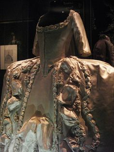 Robe a la Francaise at Versailles