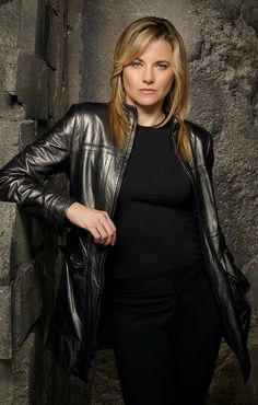 "Lucy Lawless played D'Anna Biers / Number Three in ""Battlestar Galactica"""