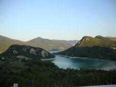 Bomb Lake - Lago di Bomba in #Abruzzo #Italy #photography