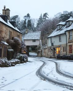 Winter in Castle Combe : MostBeautiful Castle Combe, English Village, Winter Scenery, English Countryside, England Uk, Architecture, The Good Place, Britain, Beautiful Places