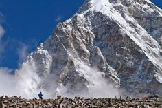 climbing / trekking in the Himalayas ... Mt. Everest Base Camp, Nepal