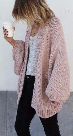 ideas knitting fashion 2018 for 2019 Knit Fashion, Look Fashion, Autumn Fashion, Fashion Outfits, Dress Fashion, Fall Outfits, Casual Outfits, Cute Outfits, Crochet Cardigan