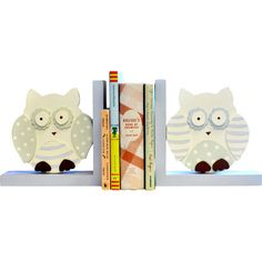 Display favorite stories in your little one's room or play area with these delightful bookends, showcasing polka-dotted owl designs.