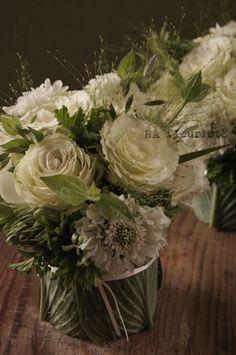 バラとスモークグラスのブーケ : Rieko Ando  RA fleuriste blog