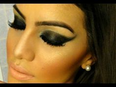 Color negro rock dramático. Maquillaje de ojos para fiesta o boda de noche. Black. Evening night wedding party eye makeup. Noir. Maquillage des yeux pour marriage ou fêtede soir. Soirée. Camila Coelho https://www.facebook.com/bagatelleoficial Bagatelle Marta Esparza  #eye #black #makeup