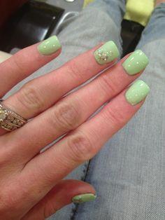 Acrylic mint nails
