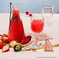 Erdbeer-Minze-Tee mit Vanille Alcoholic Drinks, Glass, Food, Vanilla, Mint, Canning, Raspberries, Diy, Chef Recipes