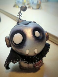 """Spooky Bot"" vampire robot by Tiny Robot Factory (SO CUTE!)"